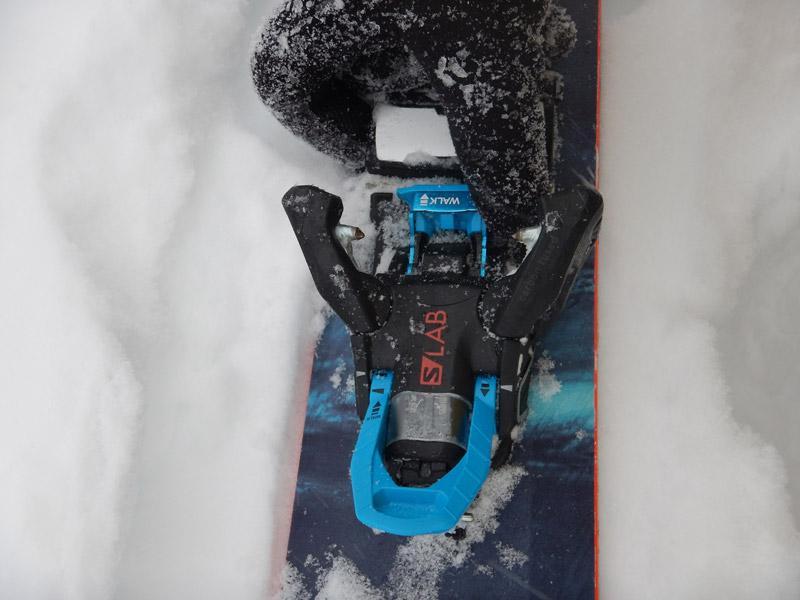 В глубоком и тяжёлом снегу крепление отработало на 5 с плюсом. При падениях лыжа отстёгивалась во всех случаях.
