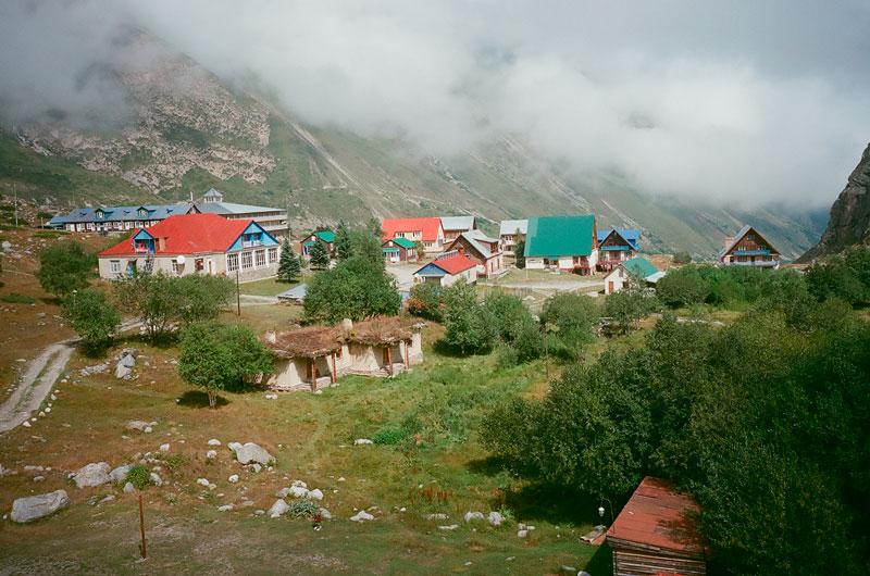 Магазин туристического и альпинистского снаряжения в Безенги
