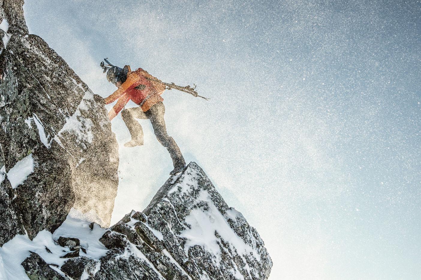 Килиан Жорнет выпоняет аэробную тренировку. Ромсдал, Норвегия. Фото: Sébastien Montaz-Rosset