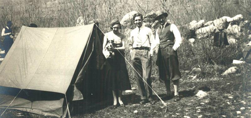 Компания выпускает высокогорную палатку Triplex с трёхслойным тентом, способным выдержать все вариации ветров и непогоды.