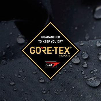 Спустя два года компания The North Face начинает сотрудничать с Gore-Tex и выпускает линейку мембранной одежды, отвечающую самым высоким требованиям альпинистов и туристов.