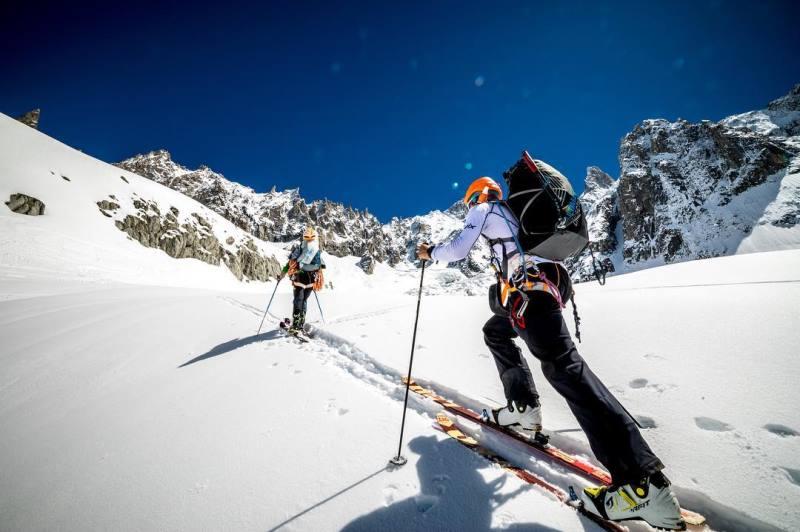Горные лыжи Zag