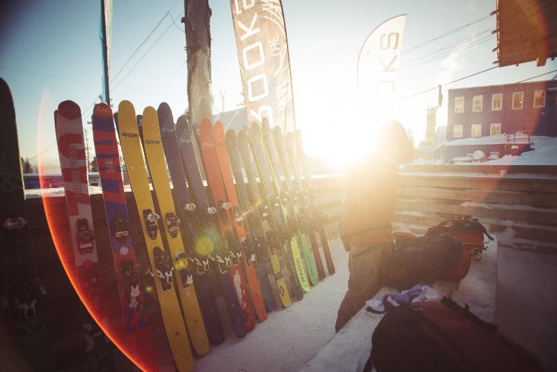 Тест-прокат горных лыж и лавинного снаряжения в АльпИндустрии в Перми