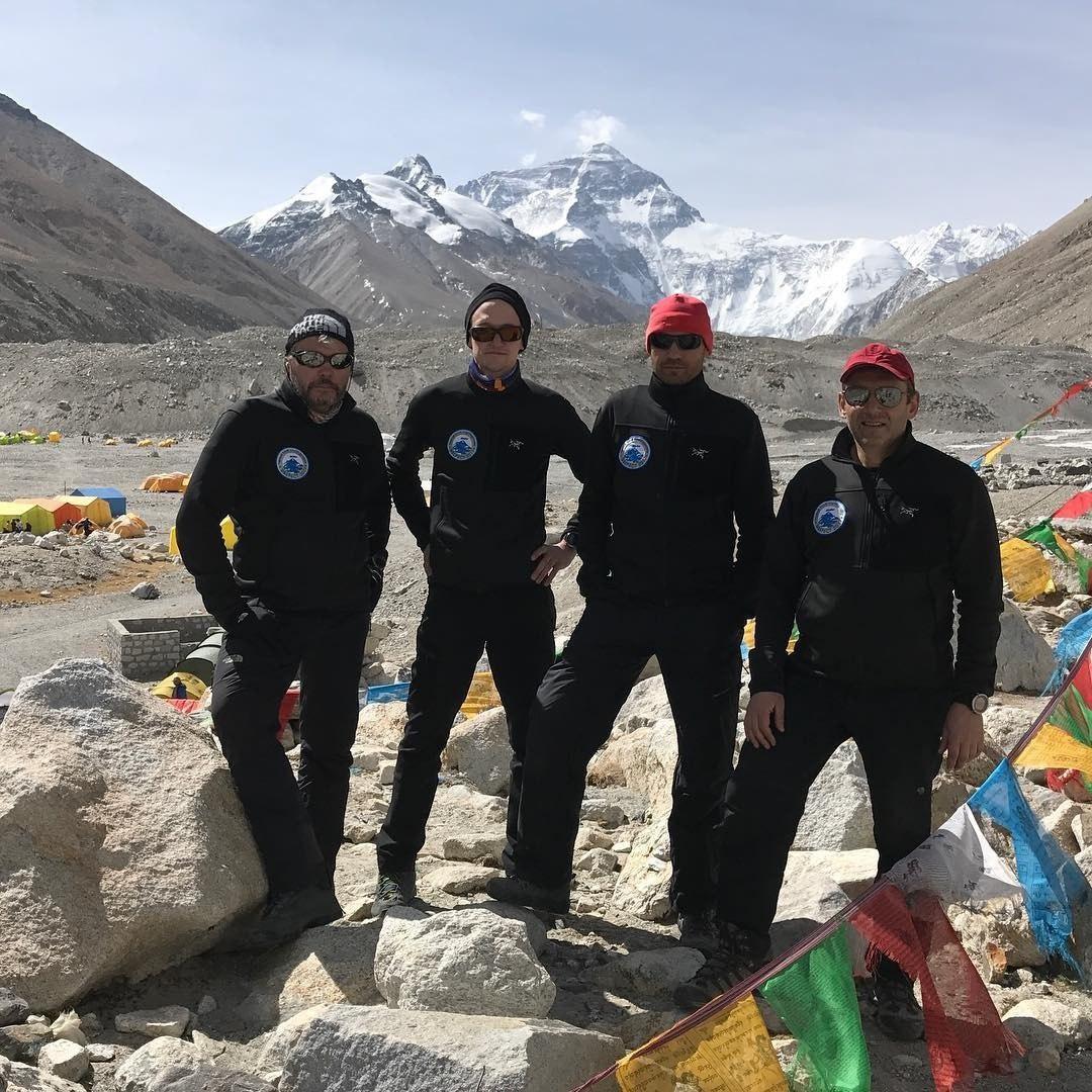 Участники экспедиции АльпИндустрии «Эверест-2017»