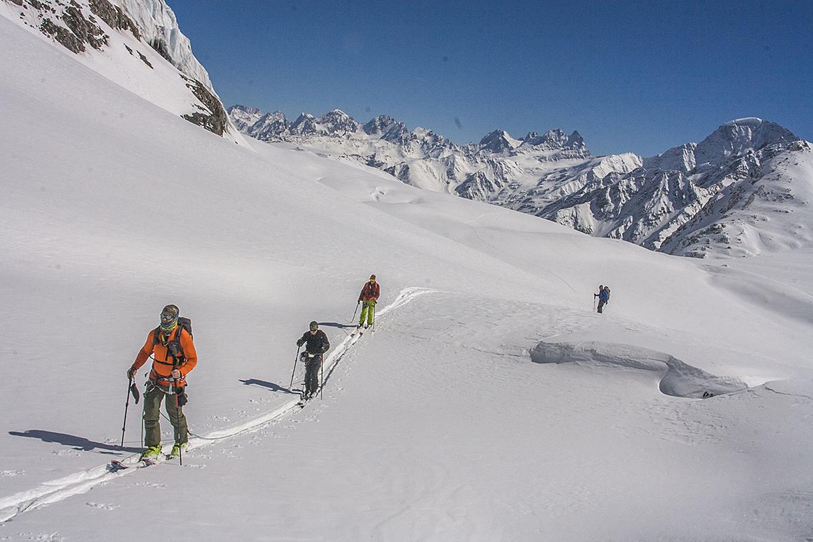 Школа ски-тура в Приэльбрусье