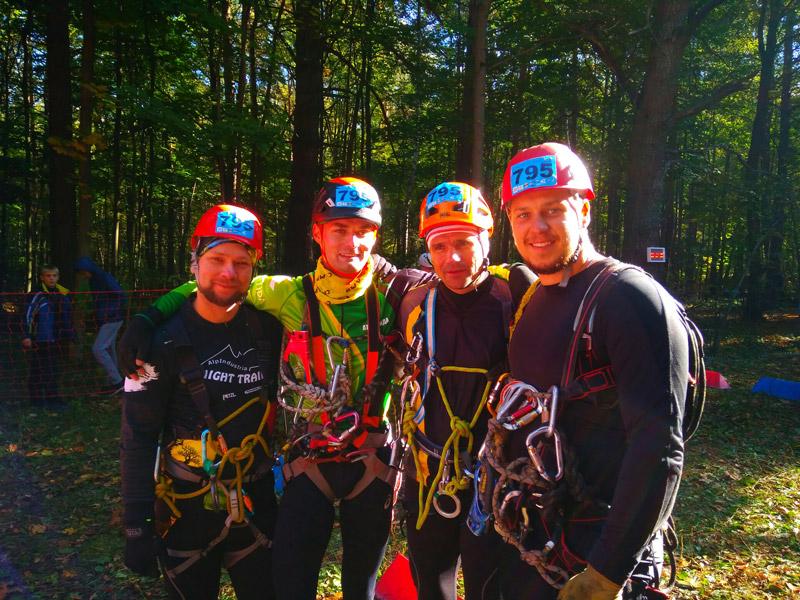 АльпИндустрия-4 Мужская сборная магазина АльпИндустрия в ТЦ СпортХит на Гонках четырёх