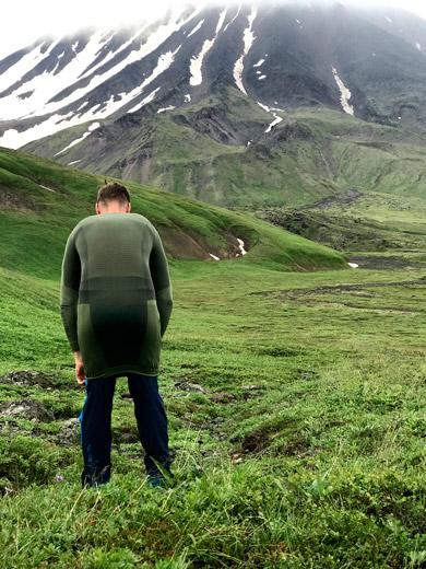 Бельё оказалось сверхэластичным, и при желании штаны можно натянуть по плечи, а кофту до колен.