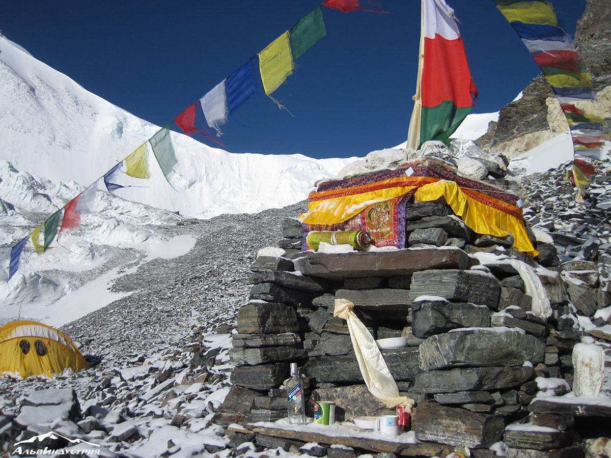Восхождение на Эверест 2018
