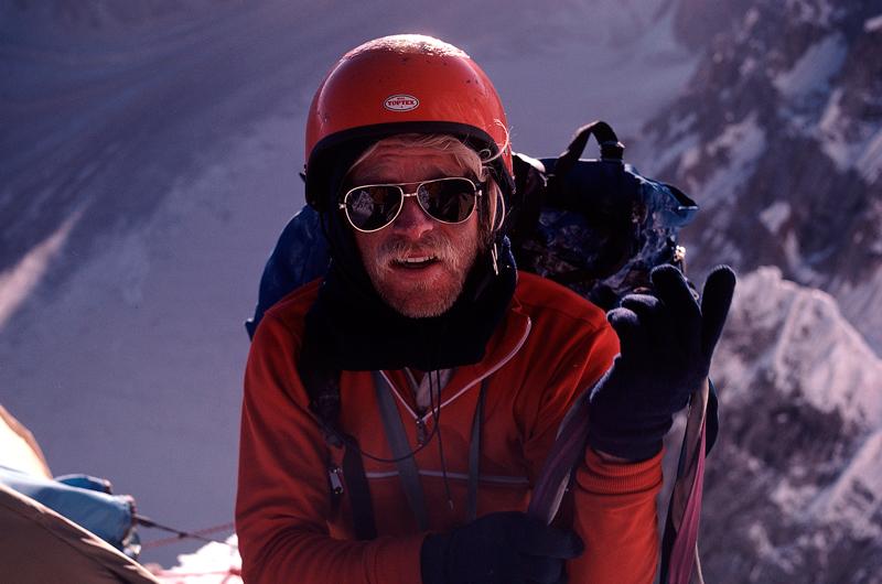Джефф Лоу во время восхождения на Латок I