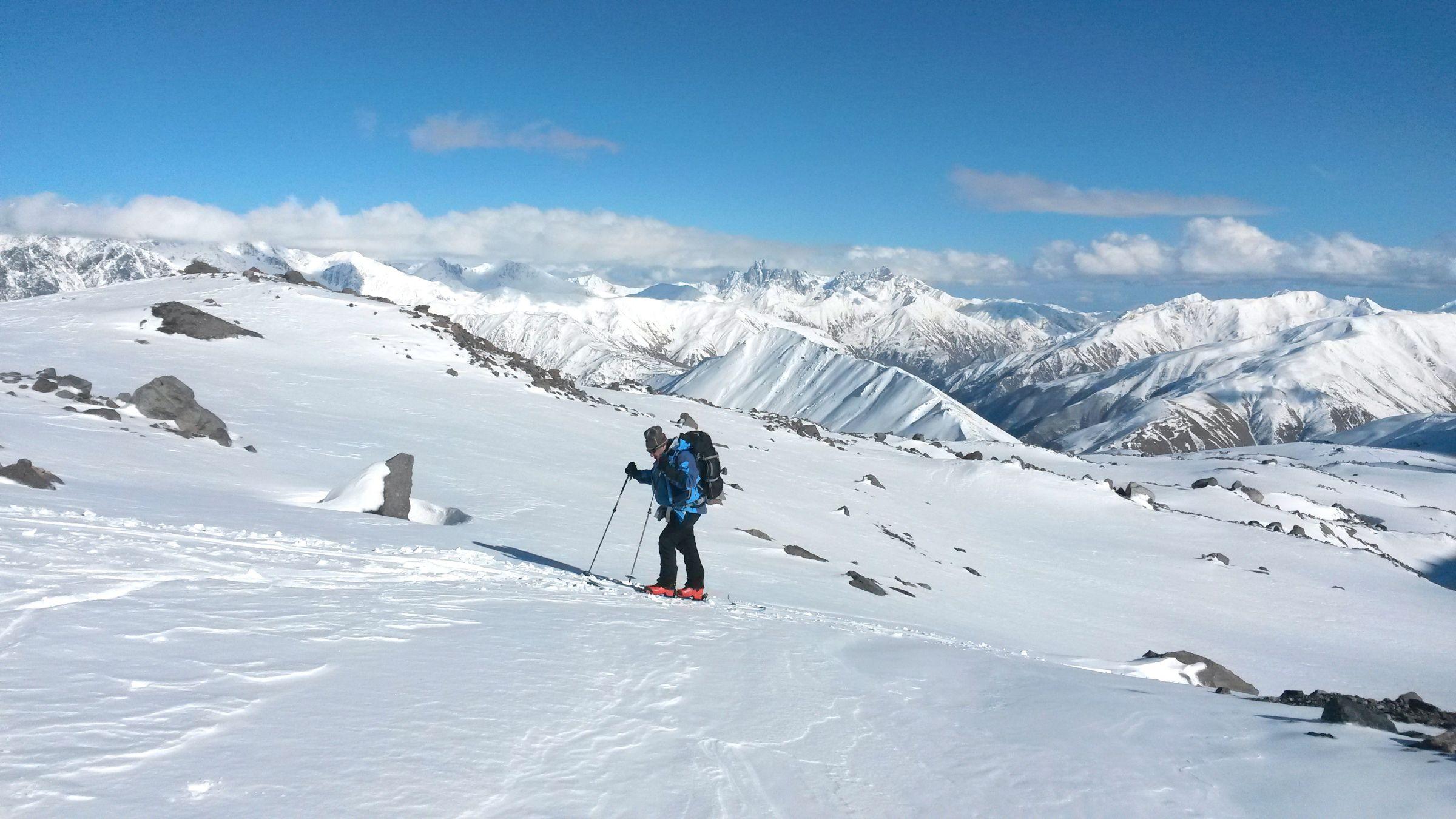 Ски-тур на Казбеке: экипировка