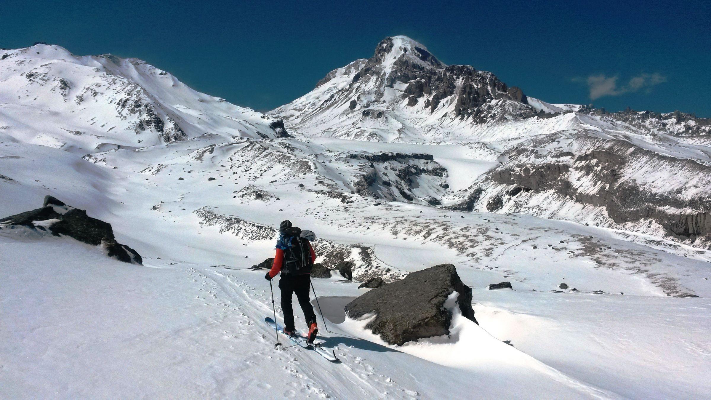 Ски-тур на Казбеке: перевал