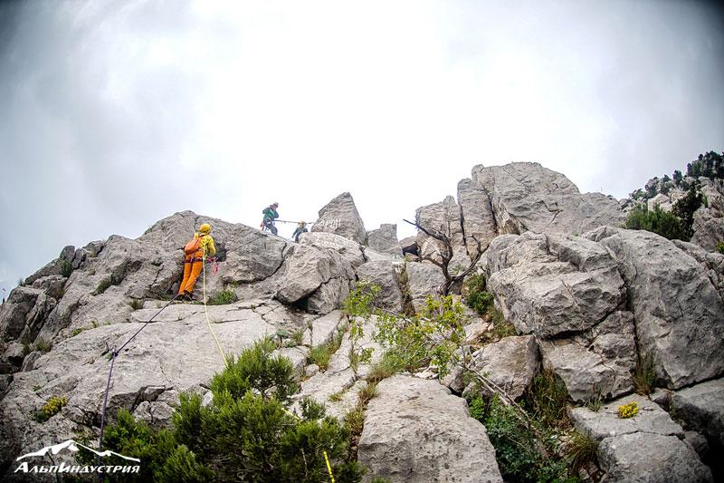 Выезд в Крым: скальный альпинизм - АльпИндустрия Горный клуб