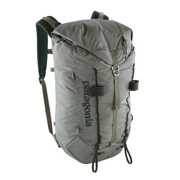 цена Рюкзак Patagonia Patagonia Ascensionist 30L серый L онлайн в 2017 году