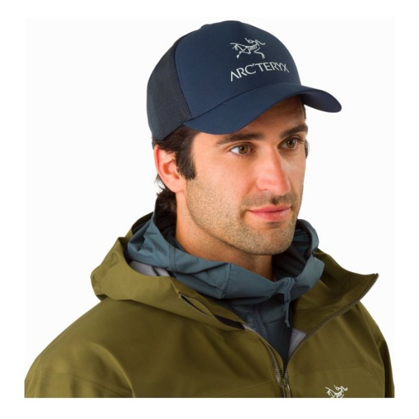 Купить Кепка Arcteryx Logo Trucker Hat