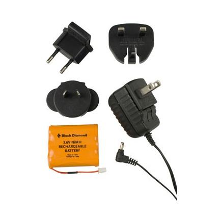 Аккумулятор и зарядное устройство для фонаря.